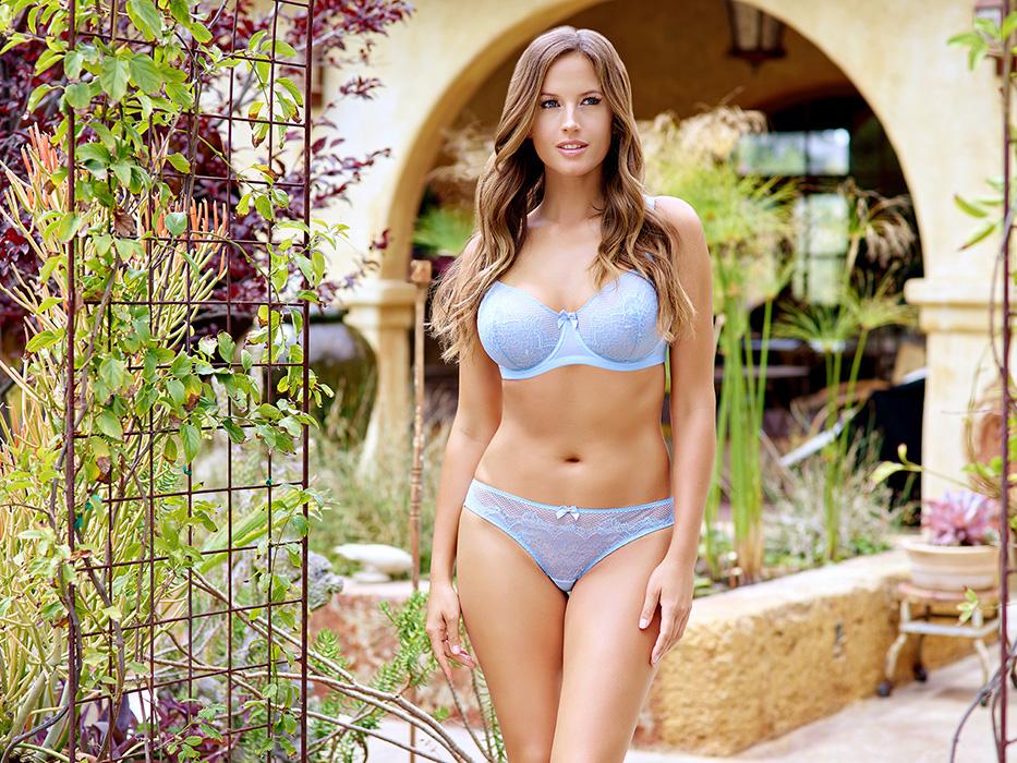 Darlene_UnlinedWireBraP5172_BikiniP5173_SummerBlue1